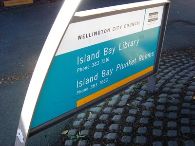Island Bay Library branch signage